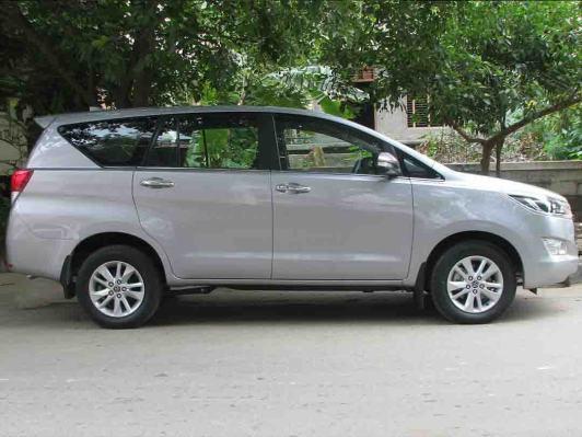 Toyota Innova Hire in Delhi