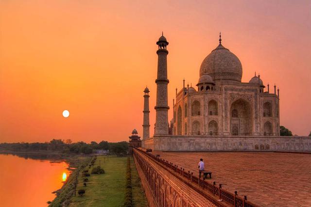 Overnight in Agra